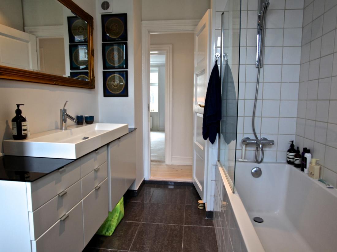 3V Vesterbro kbh v København Ny Carlsberg Vej børnevenlig gård badekar brus