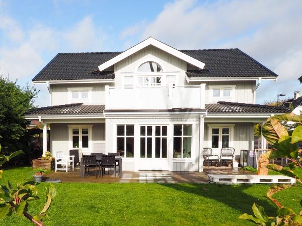 Sundby Sundbyerne kbh s Amager villa 4v garage have børnefamilie lys åbent køkken børnevenlig