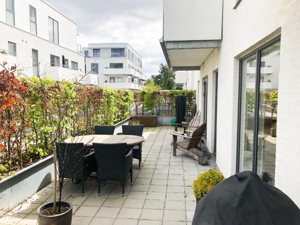 Leje lejlighed lejelejlighed Rungsted Kyst hørsholm station havn karen Blixen golf gåture grønne områder 3v 135m2 terrasse