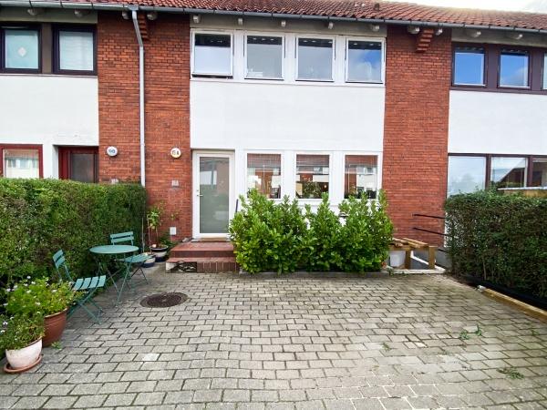 Rødovre kbh 3v 4v have hvidsværmevej rækkehus hus leje trampolin terrasse