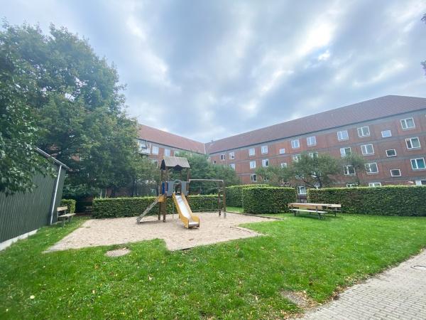 Åboulevard kbh city 2200 N Nørrebro Frederiksberg Forum søerne leje lejelejlighed lejlighed møbleret herskab herskabslejlighed trampolin gynger legeplads gårdhave