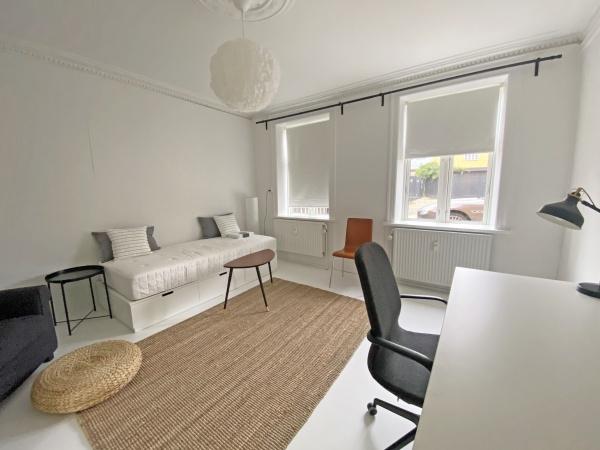 leje lejlighed bolig lejebolig amager strand københavn metro natur dele delelejlighed sharing apartment rental